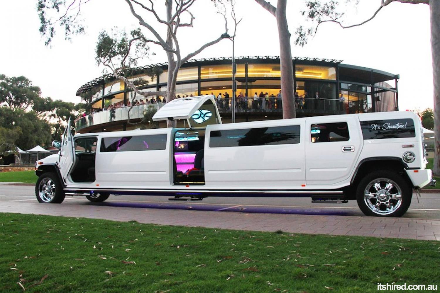 Top 4 Models in Cheap Limo Hire Perth