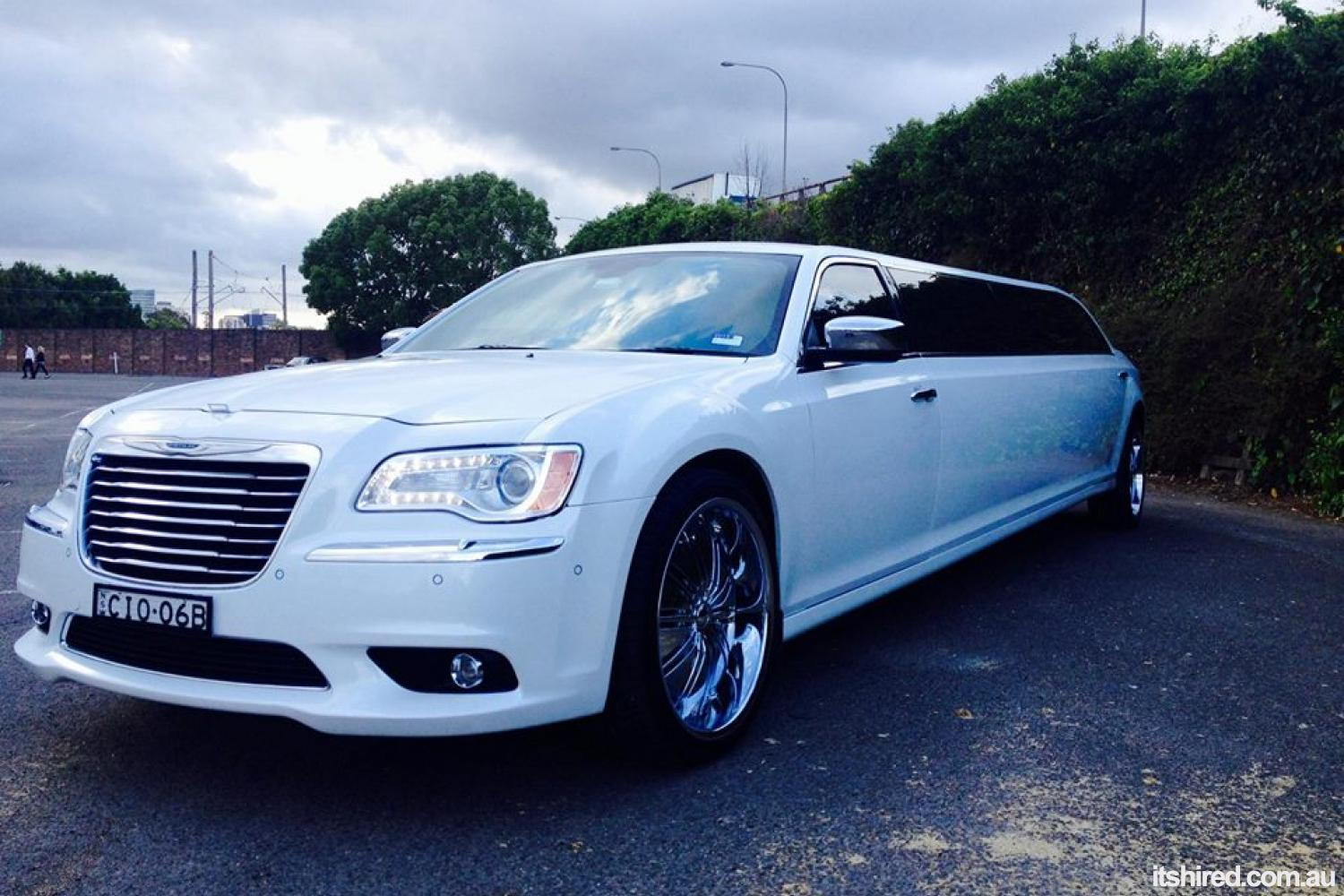 Chrysler 300c Wedding Car Hire Sydney Alvira Limousine Hire