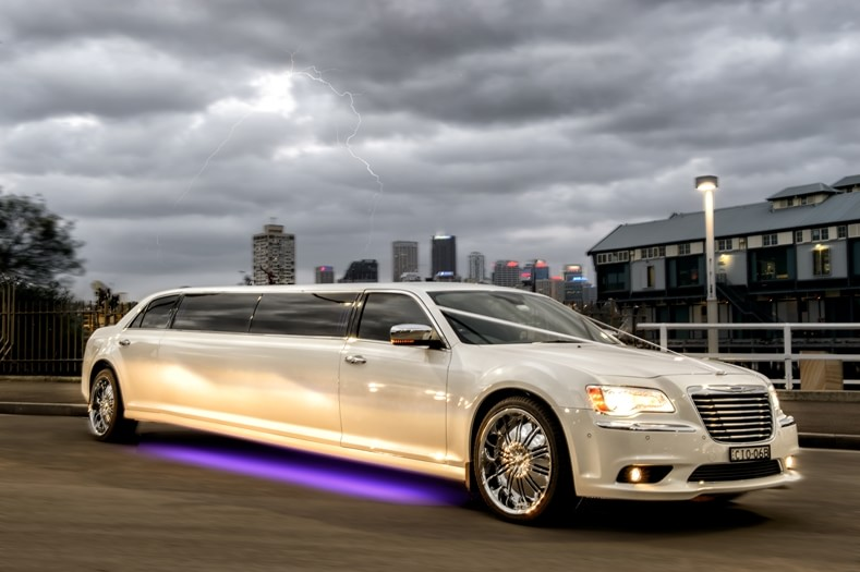 Limo Hire Sydney Alvira Limousine Hire At ItsHIREDcomau - Cheap hummer hire sydney