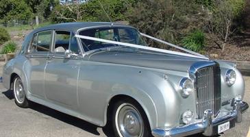 wedding-car-hire-Canberra-Bentley-S-Type-A1-Class-Rentals-image-1-3014.jpg