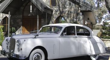 wedding-car-hire-Canberra-Jaguar-Mark-VII-A1-Class-Rentals-image-1-3017.jpg