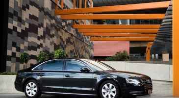 wedding-car-hire-Sydney-Audi-A8-Astra-Wedding-Cars-image-1-2993.jpg