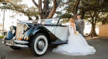 wedding-car-hire-Sydney-Jaguar-Mark-V-Broadway-Limousines-image-1-3129.jpg