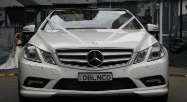 wedding-car-hire-Sydney-Mercedes-E-Class-DeBlanco-Wedding-Cars-image-1-2802.JPG
